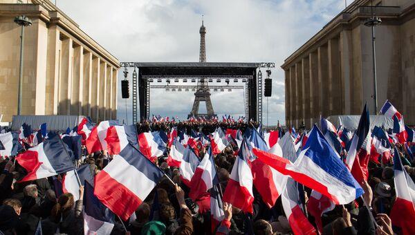 Предвыборный митинг в Париже. Архивное фото