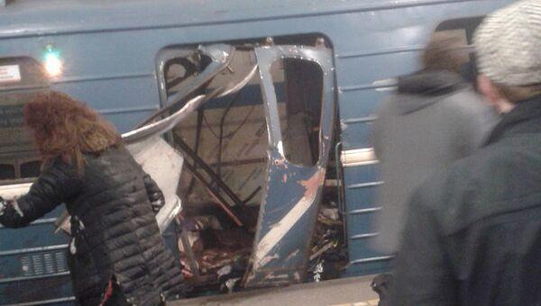 Взрыв в метрополитене в Санкт-Петербурге. Архивное фото