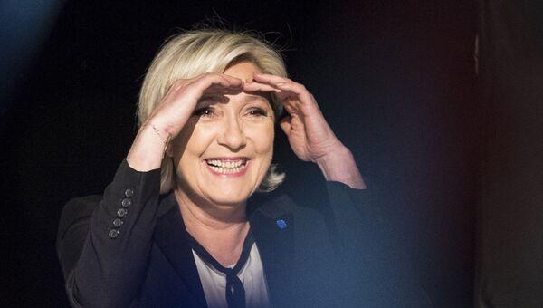 Лидер политической партии Франции Национальный фронт Марин Ле Пен. 5 апреля 2017 года