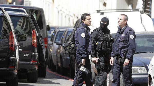 Сотрудники полиции Франции. Архивное фото