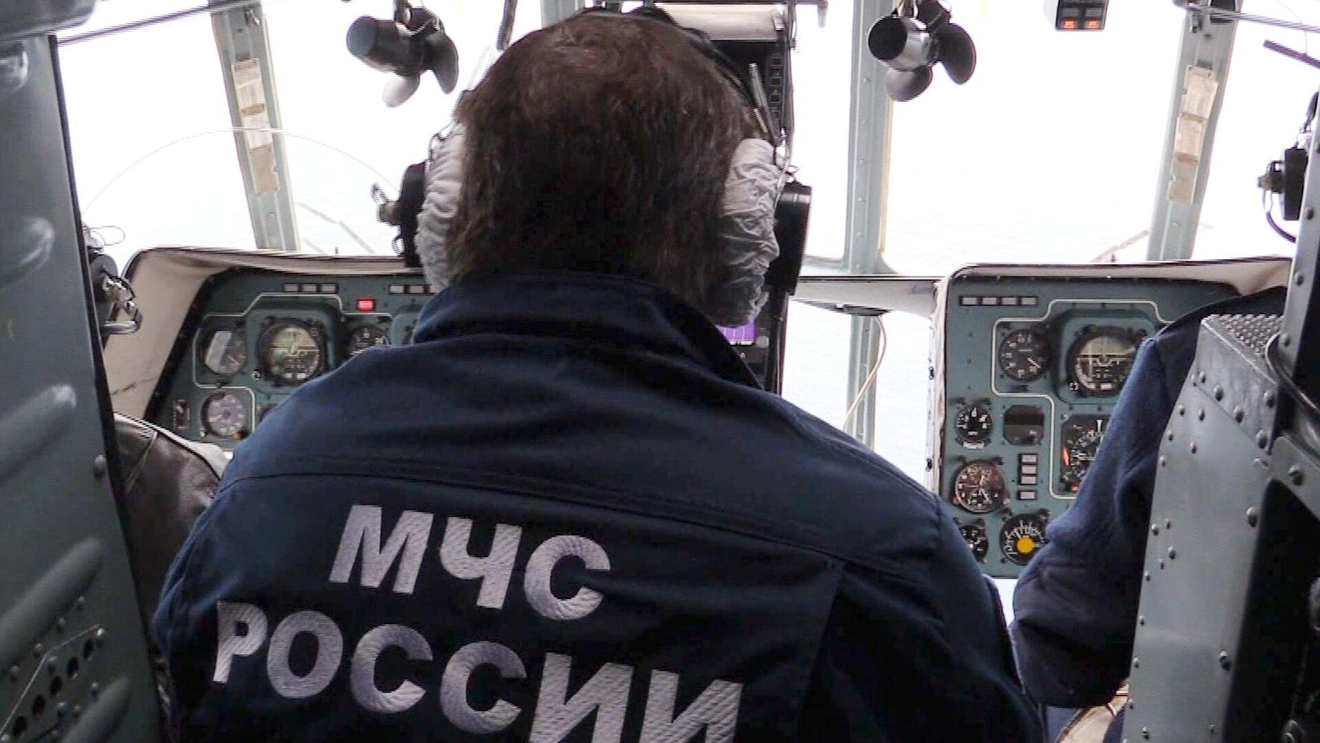 Поисково-спасательные операции в акватории Черного моря - РИА Новости, 1920, 28.12.2020