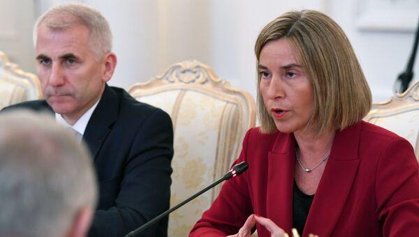 Высокий представитель ЕС по иностранным делам и политике безопасности Федерика Могерини во время встречи в Москве с министром иностранных дел Сергеем Лавровым. 24 апреля 2017