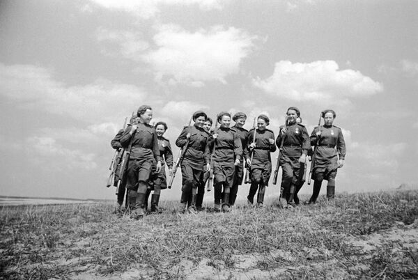 Девушки-снайперы. 2-й Белорусский фронт. Белоруссия