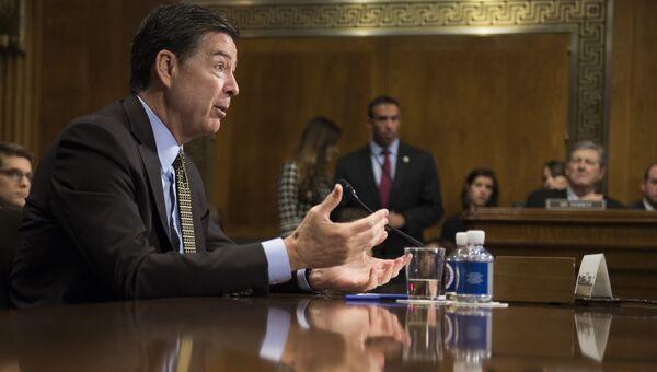 Директор ФБР Джеймс Коми во время слушаний в сенате США. 3 мая 2017. Архивное Фото.