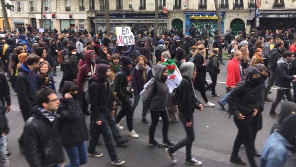 Акция протеста против выборов в Париже