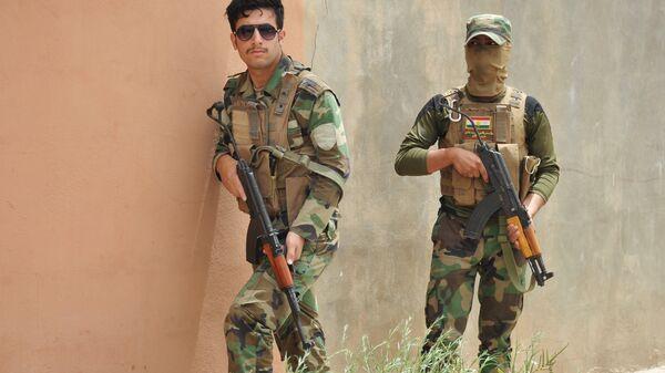 Военнослужащие курды