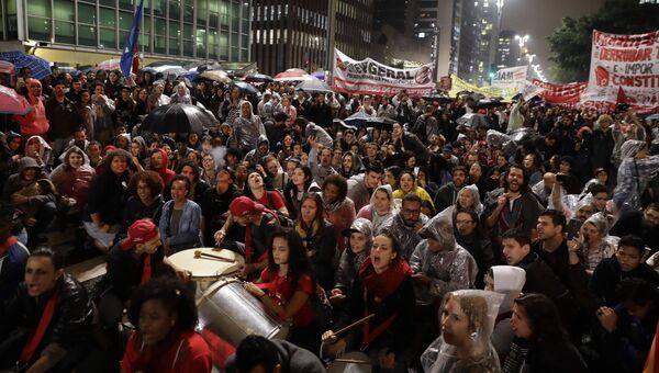 Протест против бразильского президента Мишеля Темэра в Сан-Паулу, Бразилия. 18 мая 2017