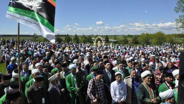 Участники праздника Изге Болгар җыены в Болгаре