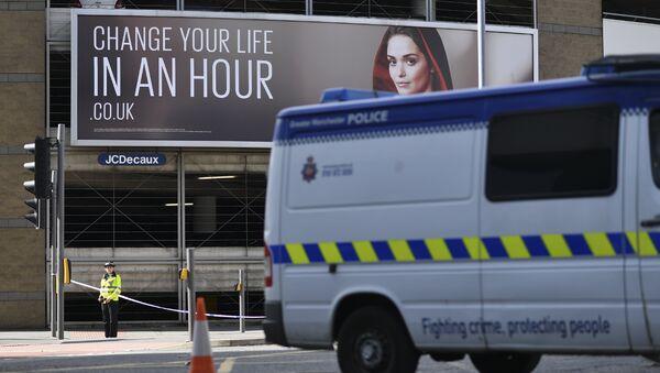 Полиция на месте взрывов у Манчестер-Арены. Май 2017