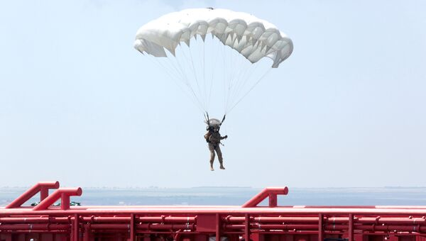 Во время проведения первого этапа тактико-специального учения Центра специального назначения (ЦСН) ФСБ России в Крыму.