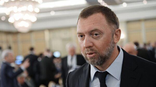 Президент, член Совета директоров ОК РУСАЛ Олег Дерипаска