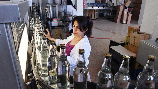 Государственный завод по производству арака и вина в городе Сувейда