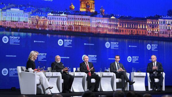 Пленарное заседание Санкт-Петербургского международного экономического форума 2017. 2 июня 2017