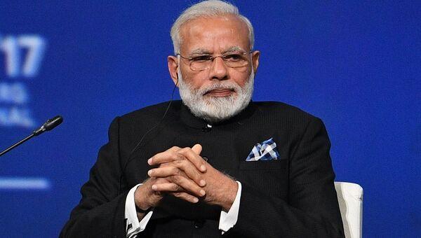 Премьер-министр Индии Нарендра Моди на пленарном заседании Санкт-Петербургского международного экономического форума 2017