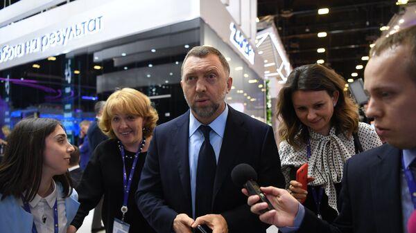 Президент, член совета директоров компании РусАл Олег Дерипаска на Санкт-Петербургском международном экономическом форуме 2017. 2 июня 2017