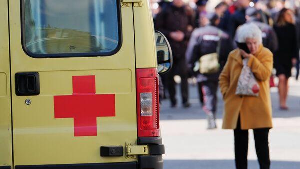 Автомобиль скорой помощи на улице Москвы. Архивное фото