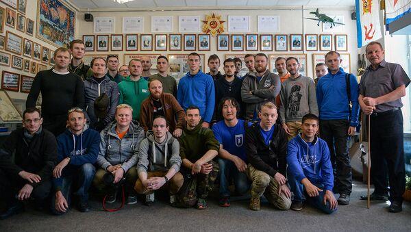 Участники экспедиции Гогланд высадились на Большом Тютерсе