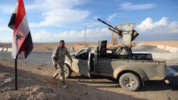 Бойцы движения Хезболлах на передовых позициях Сирийской Арабской Армии. Архивное фото