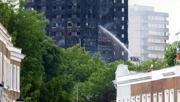 Пожар в жилом доме на западе Лондона. Архивное фото