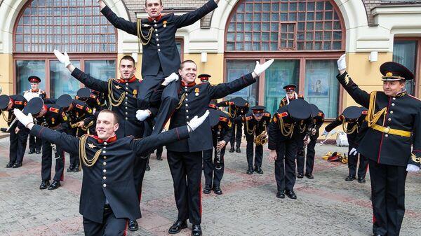 Суворовцы оркестра Московского военно-музыкального училища имени Валерия Халилова. Архивное фото