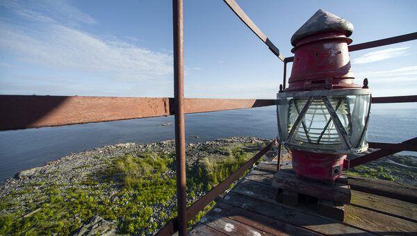 На самом верху маяка, остров Соммерс