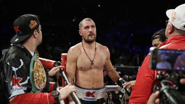 Сергей Ковалев после поражения Андре Уорду в полутяжелом весе чемпионата по боксу. 17 июня 2017