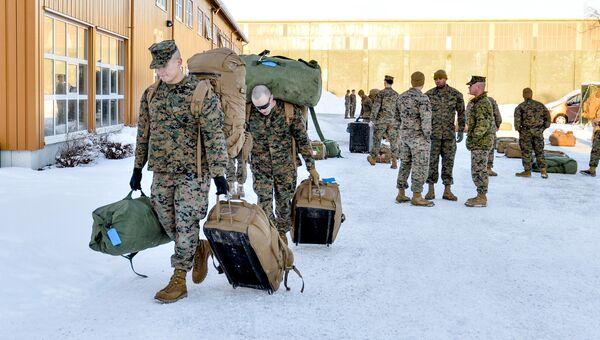 Американские морские пехотинцы высаживаются в Стурдале, Норвегия. 16 января 2017