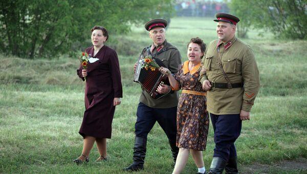 Участники исторической реконструкции, посвященной Дню памяти и скорби о погибших в Великой Отечественной войне в Бресте