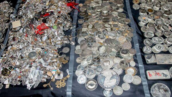 Изъятие у преступной сети 700 килограммов драгоценностей, Афины