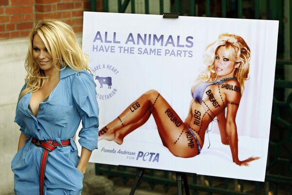 Американская актриса и фотомодель Памела Андерсон. 2010 год