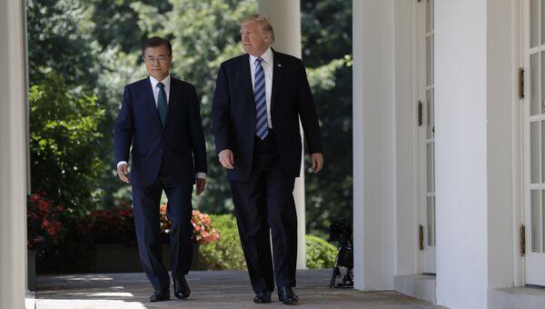Президент США Дональд Трамп и президент Южной Кореи Мун Чжэ Ином в Белом доме, Вашингтон. 30 июня 2017