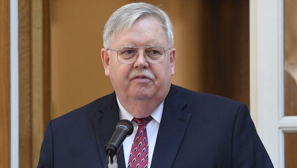 Посол США в России Джон Теффт. Архивное фото