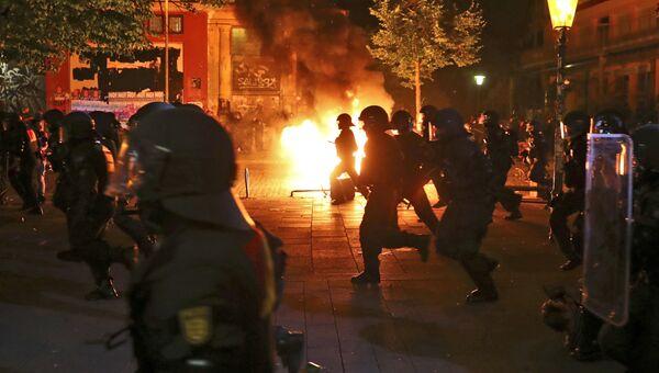 Полиция на акции протеста против предстоящего саммита G20 в Гамбурге