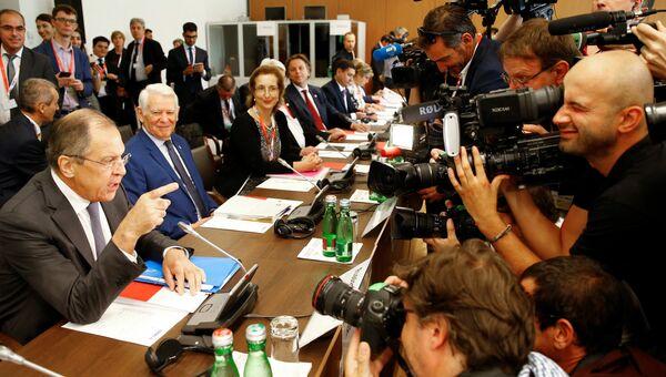 Министр иностранных дел России Сергей Лавров на министерской встрече ОБСЕ в австрийском Мауэрбахе