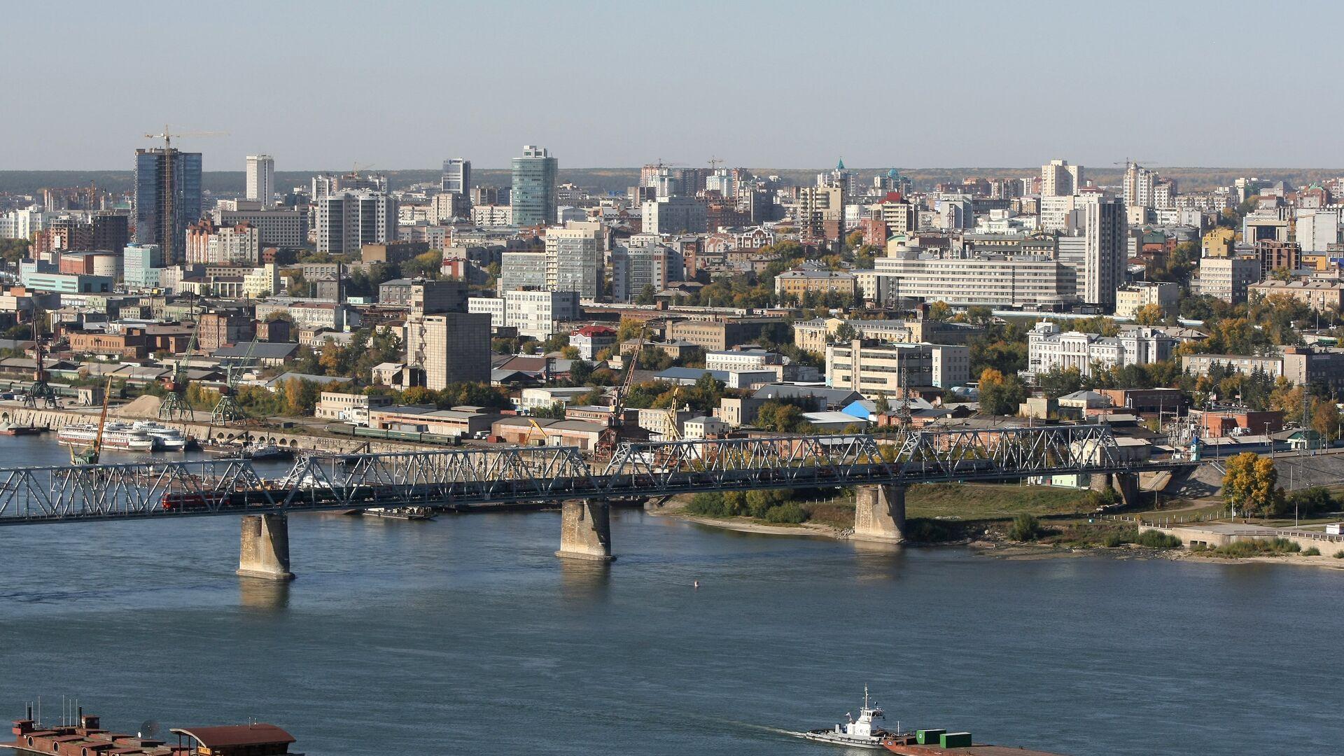 1498345476 0:0:3221:1813 1920x0 80 0 0 ac25502c63161207e351d05e561ff246 - В Новосибирске на уличном экране пустили порно