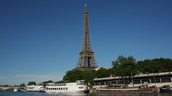 Поджог знаменитого кафе в Париже мог совершить злоумышленник