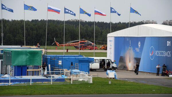На полигоне во время подготовки к открытию Международного авиационно-космического салона МАКС-2017 в Жуковском. 15 июля 2017