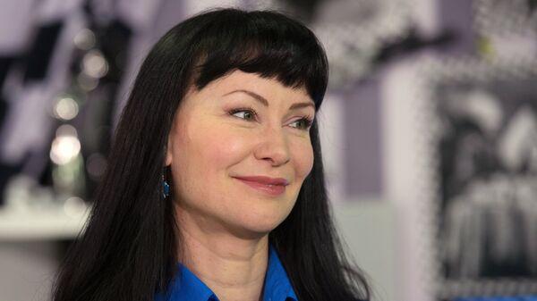 Актриса Нонна Гришаева