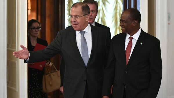 Сергей Лавров и министр иностранных дел Сьерра-Леоне Самура Камара во время встречи в Москве. Архивное фото