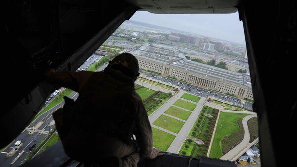 Пентагон с борта самолета V-22 Osprey tiltrotor. Архивное фото