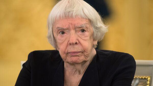 Правозащитник, председатель региональной общественной организации Московская Хельсинская группа Людмила Алексеева. 2015 год