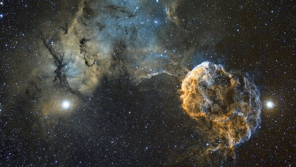 Работа фотографа Chris Heapy Sh2-249 Jellyfish Nebula, вошедшая в шорт-лист Insight Astronomy Photographer of the Year 2017
