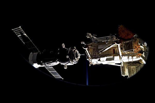 Стыковка Союза к МКС. 31 июля 2017