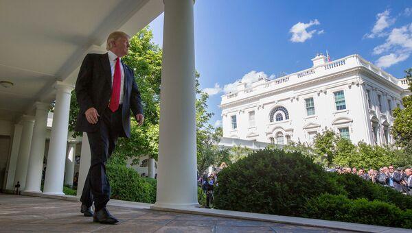 Президент США Дональд Трамп в Белом доме. Архивное фото
