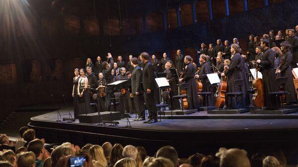 Выступление оркестра и хора MusicAeterna в Зальцбурге. Архивное фото