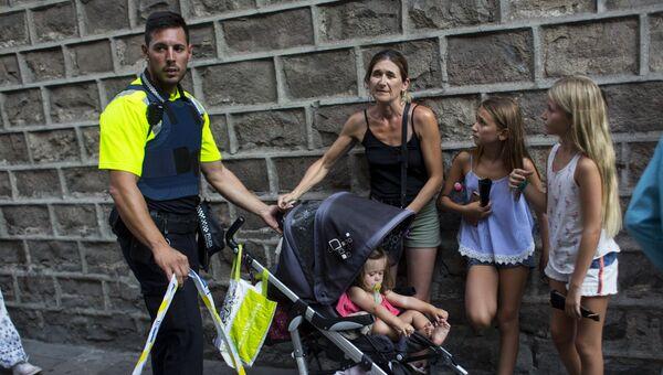 Ситуация на месте теракта в Барселоне. Архивное фото