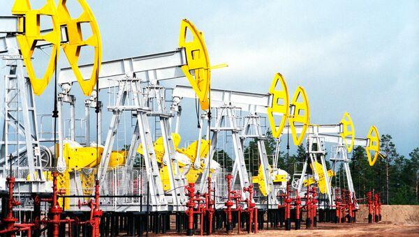 Нефтекачалки в Западной Сибири. Архивное фото