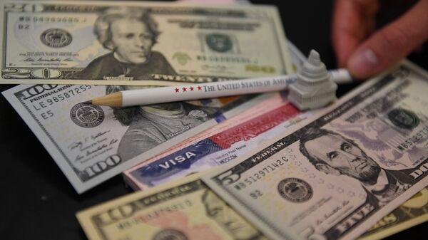 Доллары и американская виза