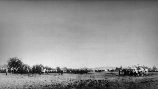 Прохождение казачьего полка русской армии маршем