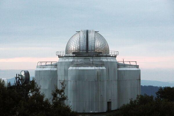 Малый телескоп на территории Специальной астрофизической обсерватории Российской академии наук